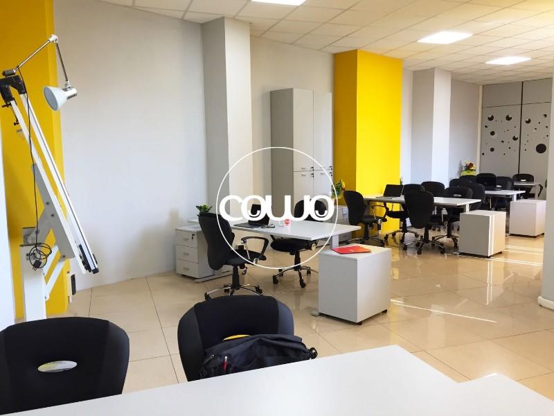 Scrivanie-Postazioni-Coworking-Cowo-Torino