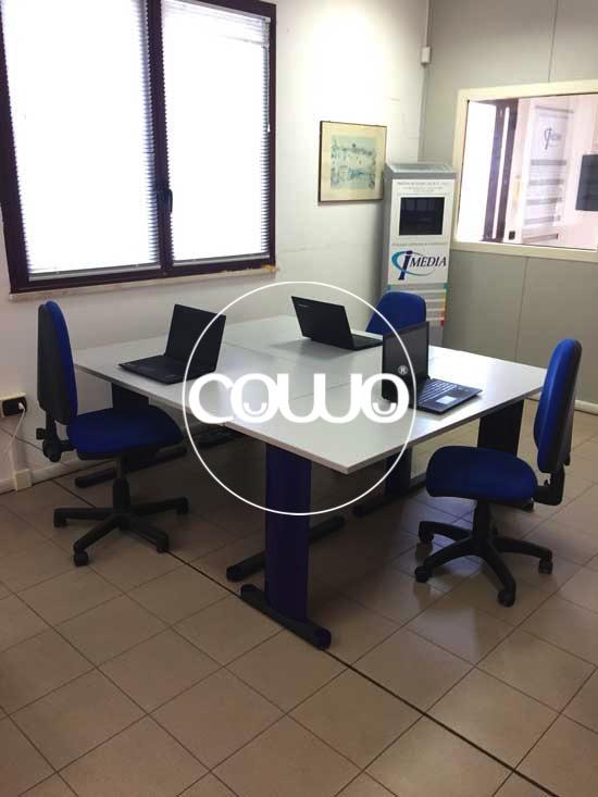 Coworking-Cagliari-Tavolo-Condiviso